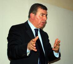 """""""Ridate la scorta a Pino Masciari"""". L'appello sul web"""
