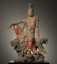 A Sculpture of Guan Yin the Bodhisattva of Compassion, Song Dynasty - China, 1100 - 1200 - ArtefactPorn Museum Of Fine Arts, Art Museum, Lotus Sutra, Art Terms, Sacred Feminine, Guanyin, Buddhist Art, Chinese Art, Statue