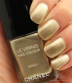 Chanel Bombay Express De Chanel Nail Polish - Diwali Review, Swatches and Photos