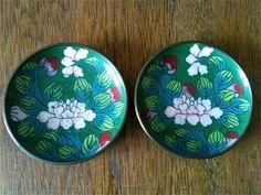 2 Cloisonné Plates / Vintage Set / English Shop by EnglishShop on Etsy https://www.etsy.com/listing/151684571/2-cloisonne-plates-vintage-set-english