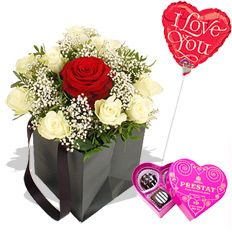 The One Gift Set http://www.arenaflowers.com/flowers/the_one_gift_set #valentines # love