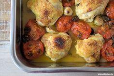 Rezept für gebackene Hähnchenschenkel mit Tomaten und Oliven