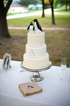 Penguins in Love Custom Wedding Cake Topper | Custom wedding cake ...