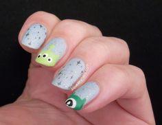 Disney Tsum Tsum Nail Art | Squeaky Nails http://www.squeakynails.com/2015/09/disney-tsum-tsum-nails.html
