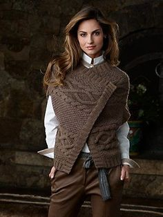 Fine luxury ski clothing, high-end apparel, ski wear and cashmere sweaters for the luxurious mountain lifestyle at Gorsuch Knit Fashion, Love Fashion, Womens Fashion, Tricot D'art, Knit Patterns, Cashmere Sweaters, Autumn Winter Fashion, Fall Fashion, Knitwear