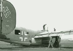 Images of the Second World War - Possibly NSFW - Boards. Mini Jet Engine, Us Bombers, Experimental Aircraft, Canada, Commercial Aircraft, Military Equipment, Luftwaffe, World War Two, Wwii