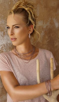 Discover the complete SENSE OF IBIZA collection in lots of different colors and combinations. Sensual look guaranteed! Scarf Jewelry, Jewellery, Indian Summer, High Class, Ibiza, Different Colors, Jewelry Collection, Feminine, Elegant