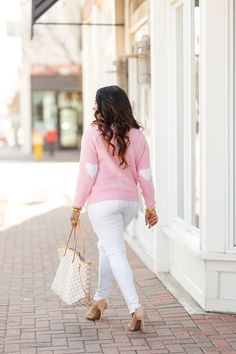 120af08733 Looking for the perfect Valentine s Day Outfit Idea  Dallas Lifestyle  Blogger Glamorous Versatility is sharing her 2019 Valentine s Day Outfit  Idea.