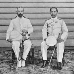 HRH Chulalongkorn welcomes Danish Crown Prince Prins Valdemar 1900 Prince Georges, Old Pictures, Old Photos, Marie Bonaparte, Thailand History, Danish Prince, Modern World History, Queen Margrethe Ii, Bhumibol Adulyadej