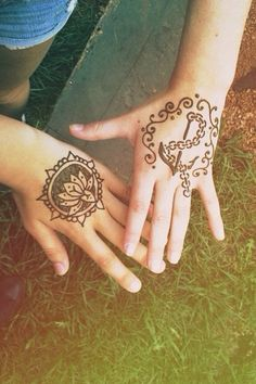 Henna But this would be a really cool tattoo!