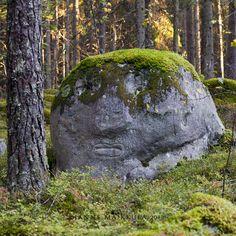 wanderthewood:  Ympäristötaideteos - Art by Alpo Jaakola. Loimaa. Finlandbyikithule