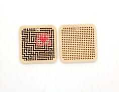 Kit de bricolaje - chapas de madera punto de Cruz bordado / bordado DIY kit - laberinto de amor / madera espacios para sus expresiones artísticas