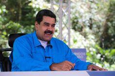 """<p>El presidente de Venezuela, Nicolás Maduro, agradeció hoy las """"palabras hermosas"""" que el papa Francisco pronunció sobre su país en las que pidió evitar """"toda violencia"""" y buscar """"soluciones políticas"""" en el país caribeño, así como en Paraguay.</p>"""