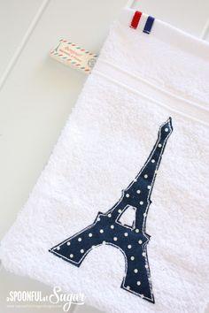 Eiffel Tower Mitt