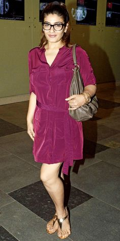 Raveena Tandon gets her nerd mode on - http://www.dnaodisha.com/entertainment/raveena-tandon-gets-her-nerd-mode-on/5558