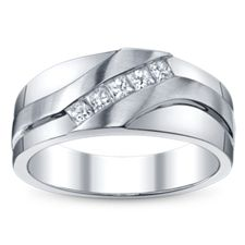 Shop the largest selection of men's wedding rings. Browse diamond rings online and find a Robbins Brothers store near you. Wedding Ring For Him, Unique Wedding Bands, Wedding Rings Vintage, Wedding Jewelry, Wedding Stuff, Wedding Flowers, 3 Karat, Gold Diamond Wedding Band, Rings For Men