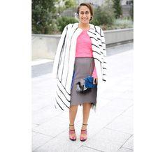 La créatrice de bijoux Delfina Delettrez en sandales Fendi http://www.vogue.fr/defiles/street-looks/diaporama/street-looks-a-la-fashion-week-de-paris-jour-6-1/15481/image/861835#!la-creatrice-de-bijoux-delfina-delettrez-en-sandales-fendi