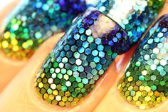 Sure, there's nearly a thousand individually placed pieces of glitter on this mermaid mani but THAT DOESN'T MAKE ME CRAZY OK I JUST LIKE GLITTER