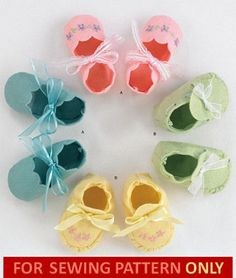 SEWING PATTERN! make felt baby BOOTIES/shoes! boys~girls! 2 styles! Easy to do! by Nathystuff on Etsy https://www.etsy.com/listing/210092478/sewing-pattern-make-felt-baby