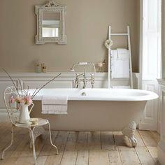 Beige free standing bath: Bathroom