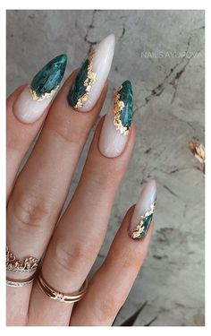 Edgy Nails, Stylish Nails, Swag Nails, Edgy Nail Art, How To Nail Art, Grunge Nail Art, Oval Nail Art, Sophisticated Nails, Elegant Nails