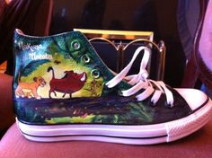 DISNEY The Lion King Movie Sneakers Shoes Womens Simba Pumba Size 7 8 9 NEW