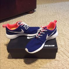 Nike Roshes Customized Nike Roshes. They have only been worn 3 times. There is nothing wrong with them I got a new pair for Christmas and no longer have a use for them. Asking $90 OBO. Comes with the NikeID box I received them in! Any question? Message me below I answer quickly! Nike Shoes Athletic Shoes
