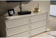 Even a subtle change can transform the Malm dresser into a show-stopping piece.