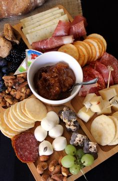 Charcuterie Boards - tons of ideas!