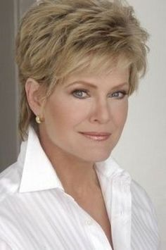 The best collection of mature short haircuts, latest and best Short hairstyles for older women, old women short haircuts 2018 Hairstyles For Seniors, Hairstyles Over 50, Short Hairstyles For Women, Hairstyles Haircuts, Cool Hairstyles, Ladies Hairstyles, Senior Hairstyles, Layered Hairstyles, Hairdos
