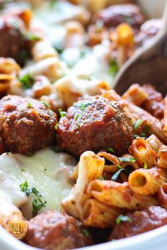Here's comfort in a bowl. This meatball pasta bake can be a 5 ingredient recipe with store-bought items or with homemade Parmesan meatballs and marinara sauce. Meatball Pasta Bake, Parmesan Meatballs, Italian Meatballs, 5 Ingredient Dinners, Asian Vegetables, Feta Pasta, Pesto Recipe, Steak Recipes, Cooker Recipes