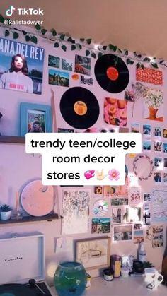 Indie Room Decor, Cute Bedroom Decor, Bedroom Decor For Teen Girls, Room Design Bedroom, Teen Room Decor, Room Ideas Bedroom, Bedroom Inspo, Neon Room, Retro Room