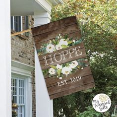 White Floral Family Name Flag House Flag Pole, House Flags, Garden Flag Stand, Garden Flags, Modern Farmhouse Decor, Large Homes, Boxes, Home And Garden