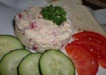 Pomazánka z balkánského sýra a papriky