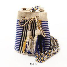 Guanabana Handmade グアナバナ Wayuu bag MEDIUM ワユーバッグ 巾着 ショ :290418329:インポートセレクト musee - 通販 - Yahoo!ショッピング Bucket Bag, Knit Crochet, Knitting, Handmade, Fashion, Bags, Diy Bags, Moda, Hand Made