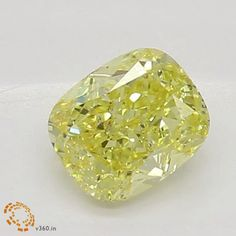 Simple Tips When Shopping For Fine Jewelry Minerals And Gemstones, Rocks And Minerals, Gem Diamonds, Yellow Diamonds, Diamond Wallpaper, Yellow Jewelry, Mineral Stone, Luxury Jewelry, Stone Jewelry