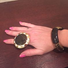 House of Harlow 1960 Ring and Bracelet Bundle Gold and black tones bracelet has some stretch - ring is approx 7. they are both in good condition this is a cute set!!! :) House of Harlow 1960 Jewelry Rings