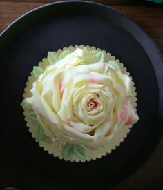 Full bloomed rose cake - cake by Creative Confectionery(Trupti Pawle)