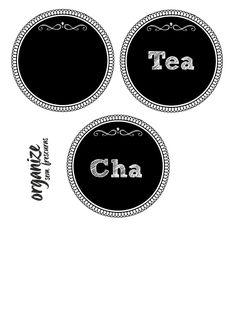 Organize sem Frescuras | Rafaela Oliveira » Arquivos » DIY: Transformando uma Lata de Biscoito em Caixa de Chá Gift Tags, Chalkboard, Diy, Stickers, Frame, Kitchens, Gifts, Printables, Accessories