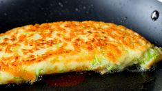Clatite din dovlecei cu carne- reteta mea preferata pentru un pranz deosebit! - savuros.info Carne Picada, Breakfast Lunch Dinner, Frittata, Flan, Relleno, Sandwiches, Chicken, Zucchini Pancakes, Dinner Ideas