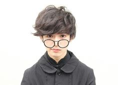 Cute Japanese Boys, Cute Korean Boys, Japanese Men, Asian Boys, Boys Glasses, Tomboy Hairstyles, Couple Aesthetic, Ulzzang Boy, Girl Day
