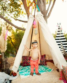 LOVE THIS!!! Orange_County_Family_Photographer_Neon_and_Neutral_Styled_Session_teepee_free_people_inspired_hippie_boho_black_and_White_feathers_poms_tassels_20