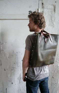 ///, if a guy is going to carry a bag, I would vote for this one