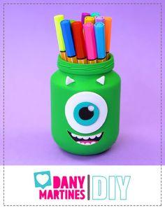 Diy Furniture For Sale, Diys, Nail, Makeup, Youtube, Crafts, Monster Bedroom, Desk Styling, Pencil Holders