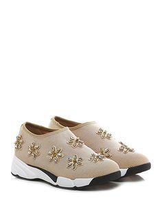 Uma parker - Sneakers - Donna - Sneaker in tessuto stretch effetto laminato con applicazioni su tomaia e suola in gomma. Tacco 45, platform 25 con battuta 20. - CIPRIA - € 110.00