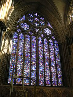 window - Google Search One of England's largest windows...Lincoln cathedral