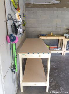 How to Build a Workbench | Build a DIY workbench for your garage or shop with plans from Bitterroot DIY  .  .  #woodshop #woodworking #freeplans #woodworkingplans #beginnerwoodworking #diy #doityourself