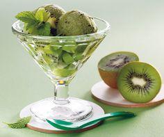 Kiwi-Sorbet: Mit der Sonne kommt auch die Lust auf ein erfrischendes #Glace! #Rezept #Sorbet #Dessert