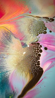 Another level altogether 😱 ⠀ Page brought to you by with 💞 for all types of fluid art. Acrylic Pouring Art, Acrylic Resin, Acrylic Art, Resin Art, Alcohol Ink Painting, Alcohol Ink Art, Pour Painting, Pintura Graffiti, Graffiti Art