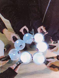 Namjoon, Taehyung, Jimin, Foto Bts, Bts Photo, K Pop, Memes Estúpidos, Lee Hyun, Bts Backgrounds